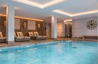 Spa and swimming pool at Audley Club at Redwood